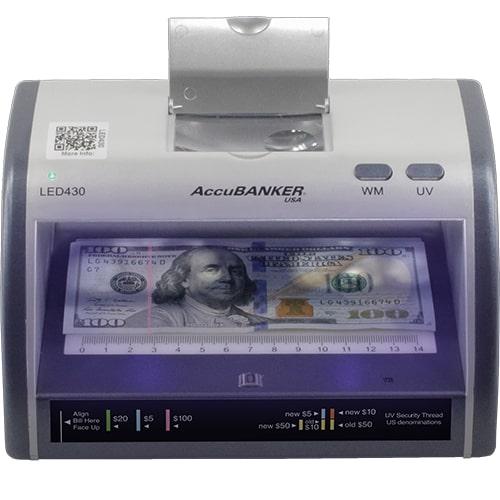 1-AccuBANKER LED430 tester bankovek